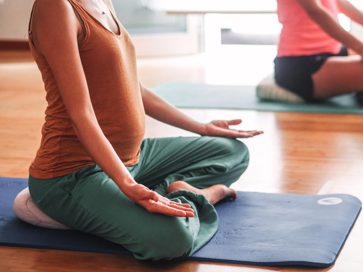yoga embarazo manacor