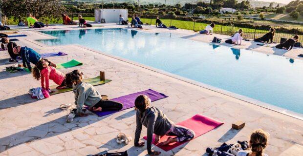 yoga al aire libre manacor