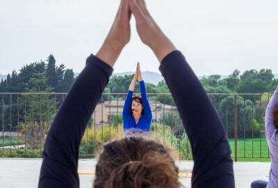 yoga al aire libre mallorca